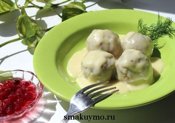 Тефтели в томатно-сметанном соусе - пошаговый рецепт