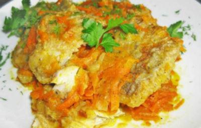 Хек с овощами запеченный в духовке